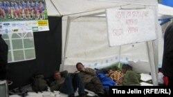 """Radnici """"Vitezita"""" štrajkuju u Sarajevu, 29. mart 2011."""
