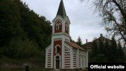 Crkva u naselju Reljevo