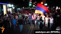 Երթ Երևանում՝ ի աջակցություն «Սասնա ծռեր» զինված խմբի, հուլիս, 2016թ․