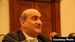 أمين عام المجموعة النيابية الأطلسية لمكافحة الإرهاب الباحث وليد فارس