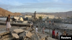 Разрушения в йеменском городе Мукалла. 24 апреля 2016 года.