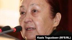 Қазақстан әйелдері республикалық кеңесінің басшысы Нина Каюпова. Алматы, 17 қаңтар 2011 жыл.