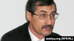 Kazakhstan - Human rights defender Yevgeny Zhovtis. Almaty, 10Feb2010.