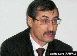 Адам құқығын қорғаушы Евгений Жовтис. Алматы, 10 ақпан 2009 жыл.