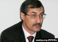 Критик влади Казахстану Євген Жовтіс - архівне фото
