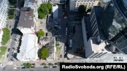 Будівництво біля садиби Терещенків у Києві