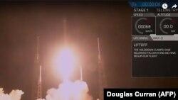 """Од лансирањето на ракетата """"Фалкон Хеви"""", Флорида, 07.02.2018."""