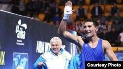 Боксшы Жәнібек Әлімханұлы.