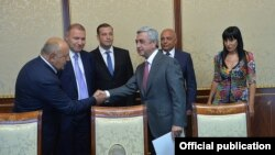 Armenia - President Serzh Sarkisian meets with leaders of the Prosperous Armenia Party, Yerevan, 26Aug2015.