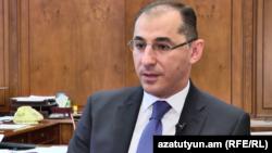 министр финансов Армении Вардан Арамян (архив)