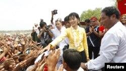 Лідэр Дэмакратычнай партыі М'янмы Аўн Сан Су Чжы