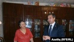 Васыйл Шәйхразиев Сөнгатуллиннар фатирында