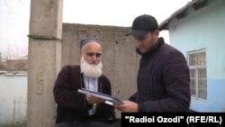 Қиёмиддин Асомуддинов санадҳоро нишон медиҳад