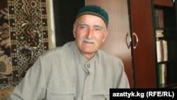 Kyrgyzstan -- Husein Sulumov, old Chechen man, Bishkek, 16Jun2012