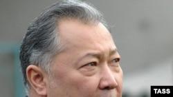 "Incumbent Kyrgyz President Kurmanbek Bakiev: ""Everything works for him."""