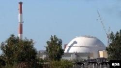 روسيه به مدت ده سال است که در حال ساختن اولين نيروگاه اتمی ايران است. (عکس: EPA)