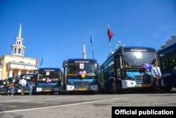 Автобусы китайского производства Hengtong, закупленные в мае 2017 года частной компанией для маршрута №35.