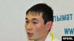 Улан Орозбаев, жаштар кыймылынын лидери.