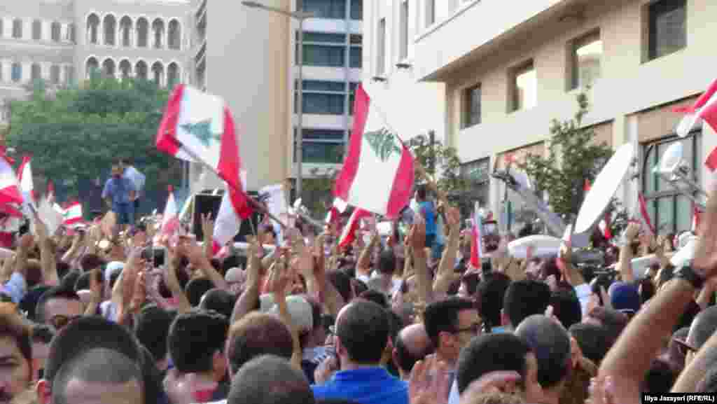 Lebanon -- Lebanon protests against Beirut government over rubbish dispute. August 23, 2015