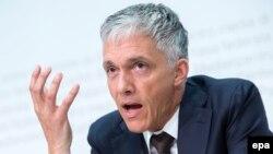 Շվեյցարիայի գլխավոր դատախազ Միքաել Լաուբեր, արխիվ