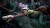 Рохинджа, бегущие из Мьянмы в Бангладеш