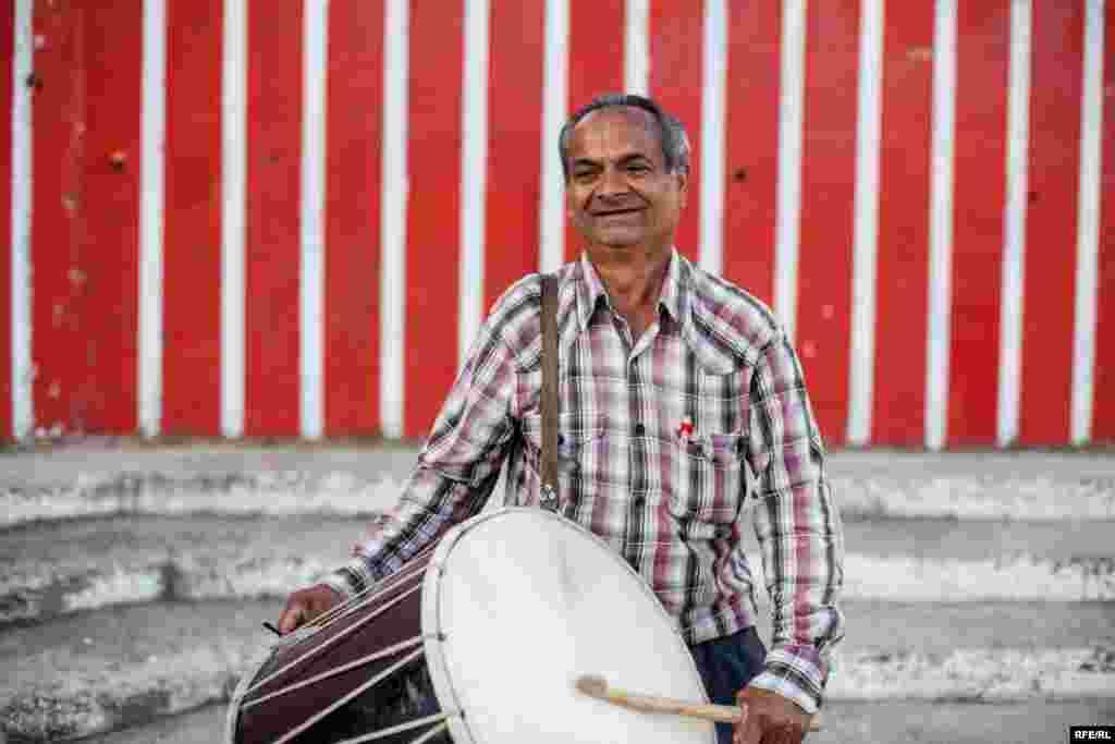 The Drummers Of Macedonia's Semka Band #25