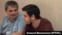 Артем Лоскутов у залі суду