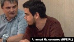 Артем Лоскутов в зале суда