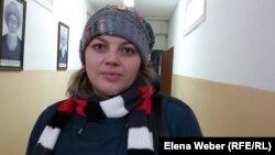 Александра Функ, мама пострадавшей девочки на поврежденном аттракционе. Темиртау, 27 февраля 2017 года.