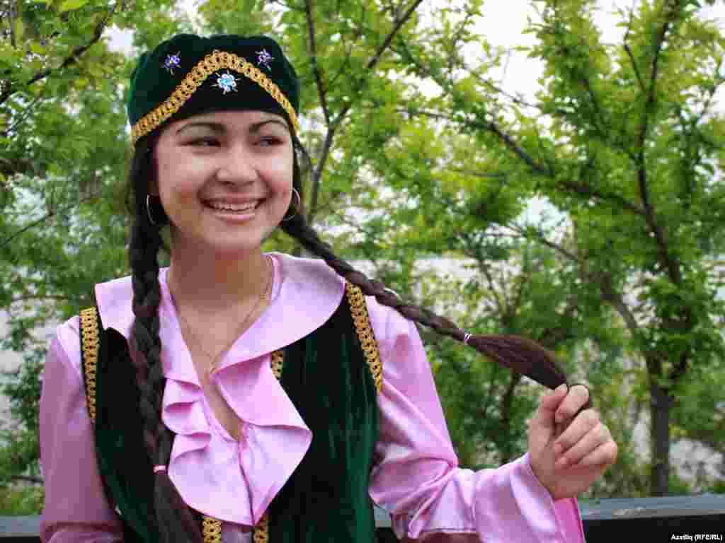 Татар кызы Полина Шакирова