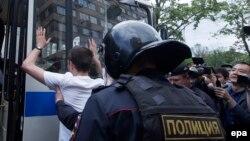Затримання на акції протесту в Росії, ілюстративне фото