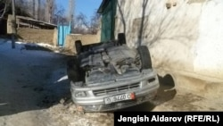 An overturned car from the Sokh violence