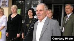 Эскендер Куртумеров