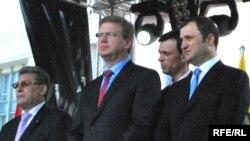 Președintele Mihai Ghimpu, comisarul UE Stefan Fule și premierul Vlad Filat la Chișinău