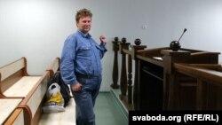 Максім Вінярскі ў судзе