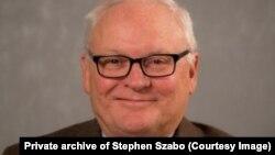 Stephen Szabo, viši istraživač na Institutu za savremene njemačke studije na Univerzitetu Johns Hopkins