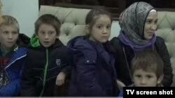 Suriyadan Grozniyga uchoqda asosan ayollar va bolalar olib kelindi.