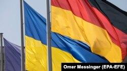 Посол: Федеральний уряд Німеччини висловив стурбованість у зв'язку з трагічною смертю чотирьох військових внаслідок обстрілу під Павлополем