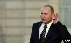 Президент Росії Володимир Путін. Париж, 2 жотвня 2015 року