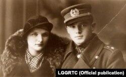 Капітан Ёнас Нарэйка і яго жонка, Паланга, 1936 год