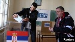 Sa glasanja za parlament Srbije, Mitrovica, 16. mart 2016.