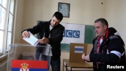 Glasanje u Mitrovici na izborima za Skupštinu Srbije 2014. godine.