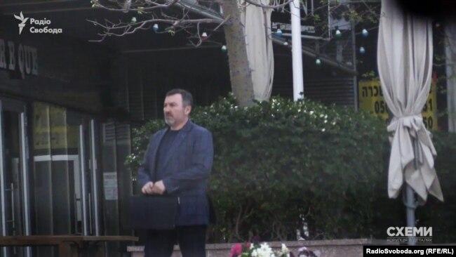 Андрій Шипко біля офісу Ігоря Коломойського в Ізраїлі