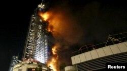 Dubay, yanan hotel binası, 31.12.2015