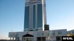Үкімет үйі. Астана.