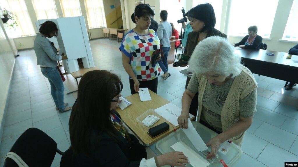Партии пока окончательно не определились с вопросом участия в выборах в Совет старейшин Еревана