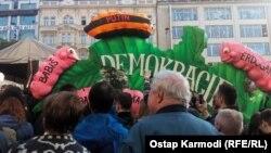 Акция протеста в Праге. Фото Остапа Кармоди