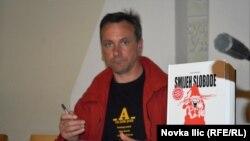 """Boris Pavelić na književnom festivalu """"Na pola puta"""""""