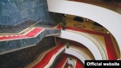 Stepenice u Parlamentarnoj skupštini BiH