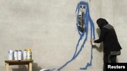 د افغان انځورګرې ملېنا سلېمان هنر